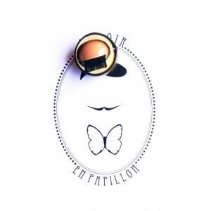 Epingle à la boutonniere - Le clin d'oeil - Le Loir en Papillon