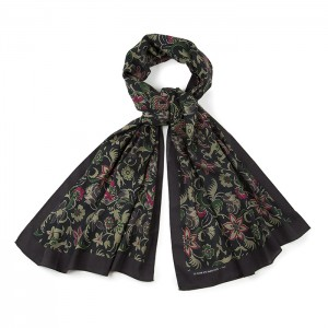 """Chambord"" scarf"